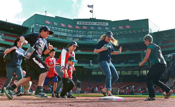Following the game, the Red Sox, as a Mother's Day promotion, allowed any mothers who were at the game, (and apparently their children, spouses and anyone else who wanted to) to run the bases at Fenway Park. The Boston Red Sox hosted the Toronto Blue Jays an a regular season MLB game at Fenway Park.